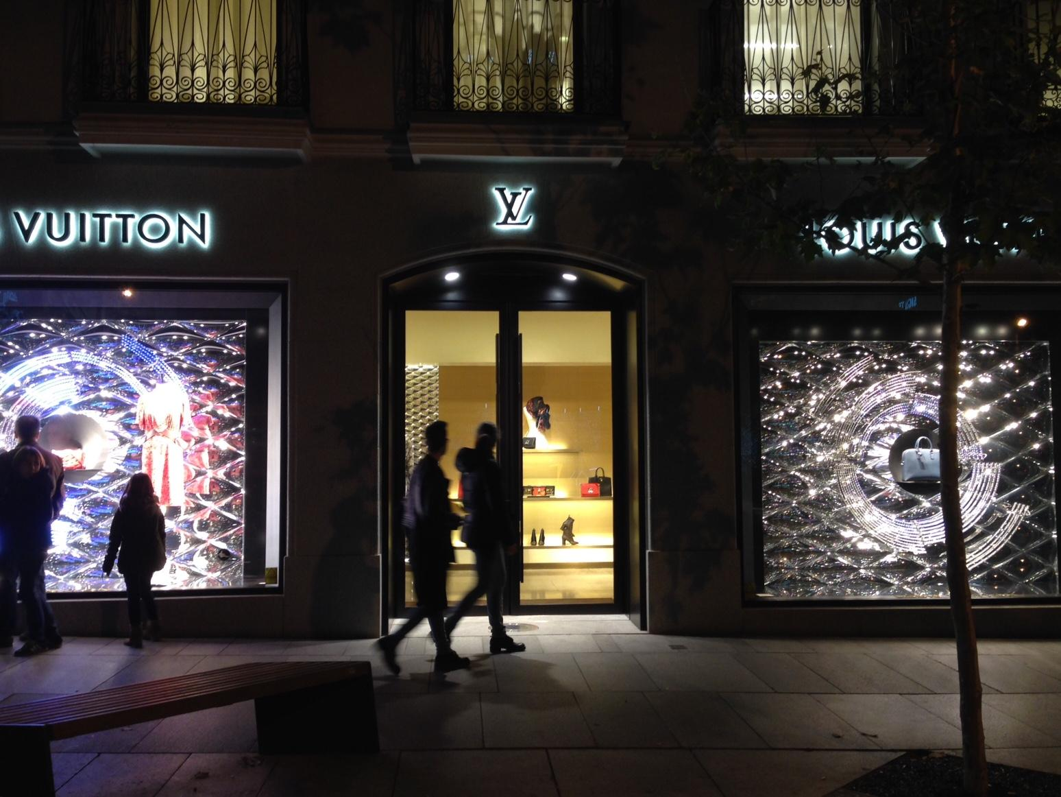 Louis Vuitton escaparates Navidad Madrid (2)