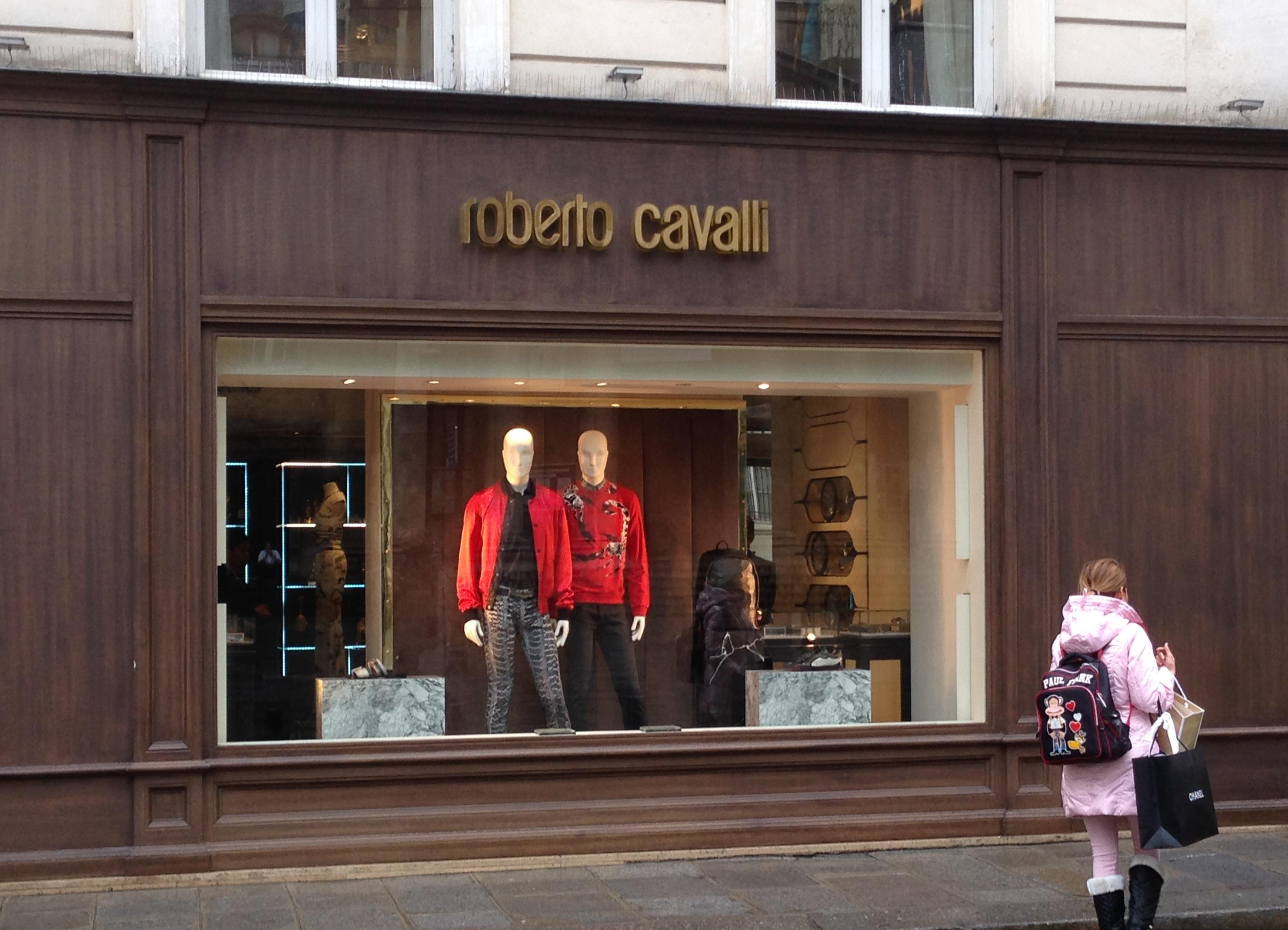 Escaparate Just Cavalli Paris (NXPowerLite)